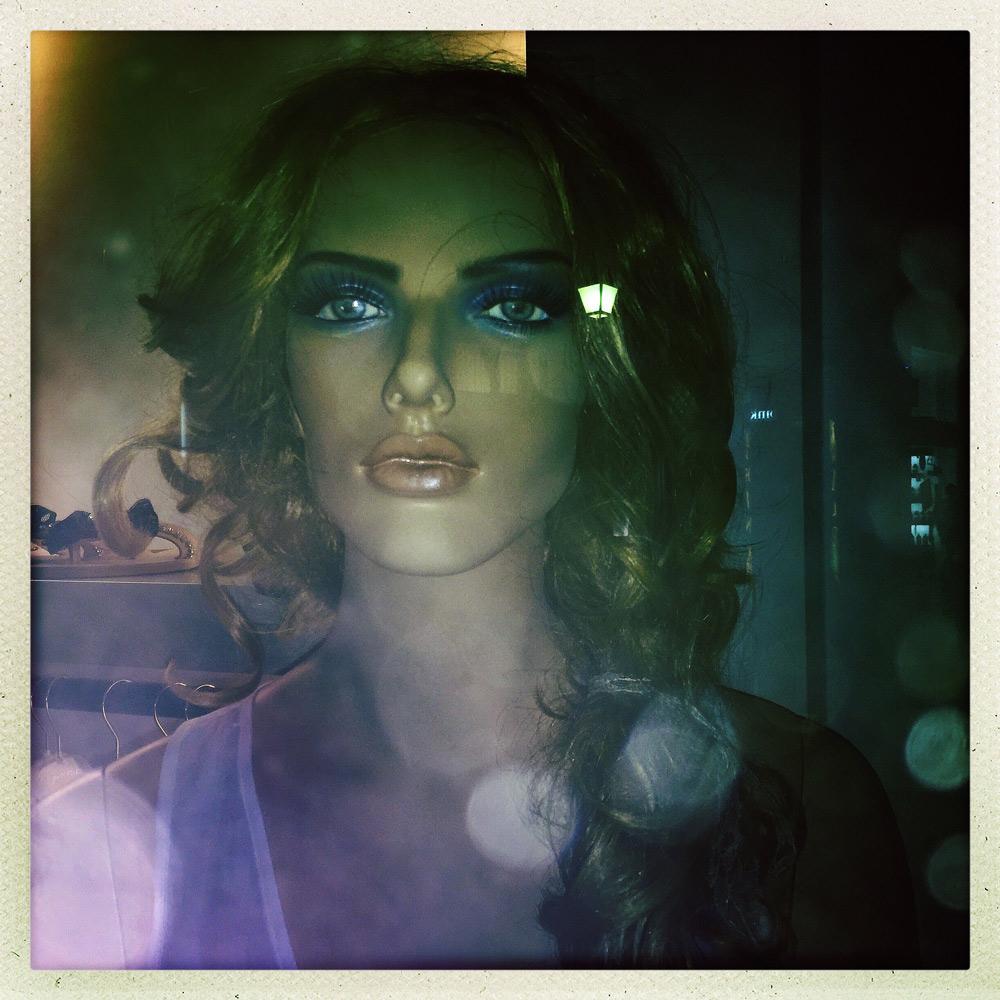 jules-oloughlin_still-life_mannequin-15.jpg