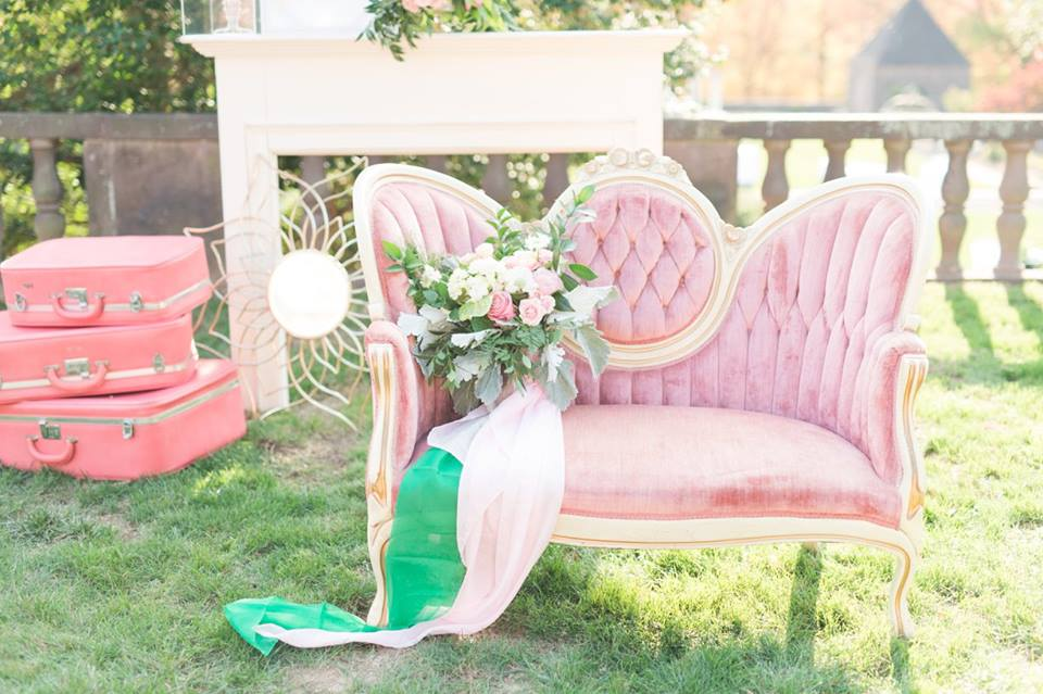 Image By: http://somethingbluenj.com Pink Setee: Vintage My Moment