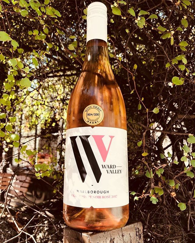 Awesome to see @theprovidores are featuring our @wardvalleyestate Olivia Pinot Noir Rosé as their #wineofthemonth for August! A dry wine with flavours of raspberry & strawberry and a crisp and clean finish, the perfect match for a hot london day. 👌 . . . #nzwine #wardvalleyestate #marlborough #wine #nz #pinotnoir #pinotrosé #rosé #vino #winestagram #roseallday #yeswayrosé #sommelier #vineyard #winery #singlevineyard #estategrown #newzealand #london #antipodeansommlier #antipodean