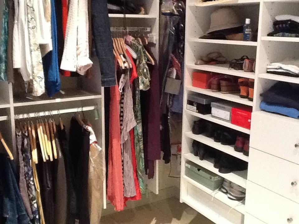 Enjoy the freedom of a beautifully organised wardrobe