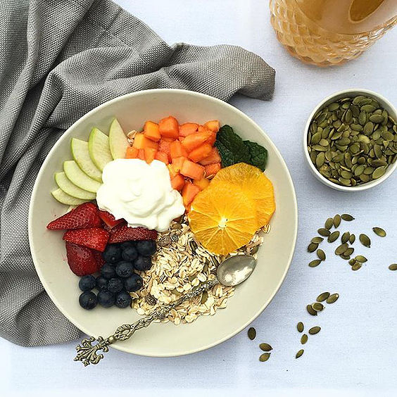 healthy breakfast bowl