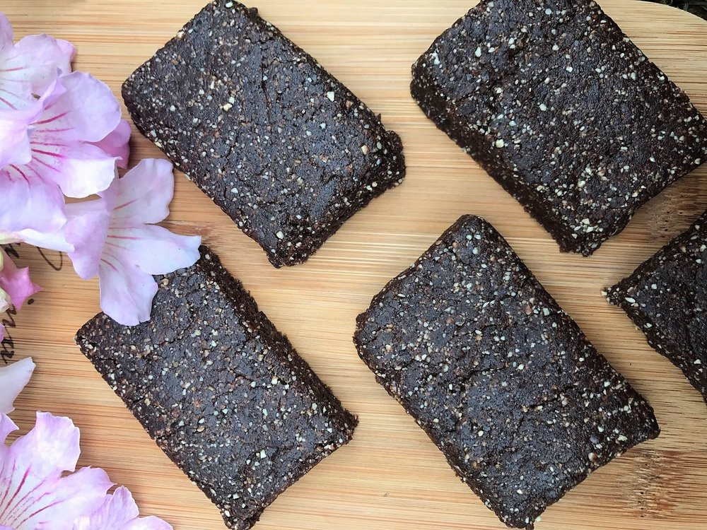 three ingredient raw, vegan chocolate brownie