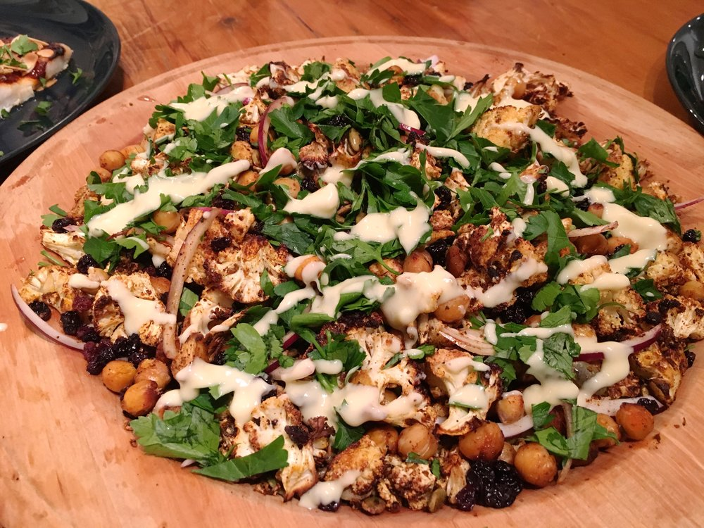 Morrocaan Cauliflower Chickpea Salad Recipe