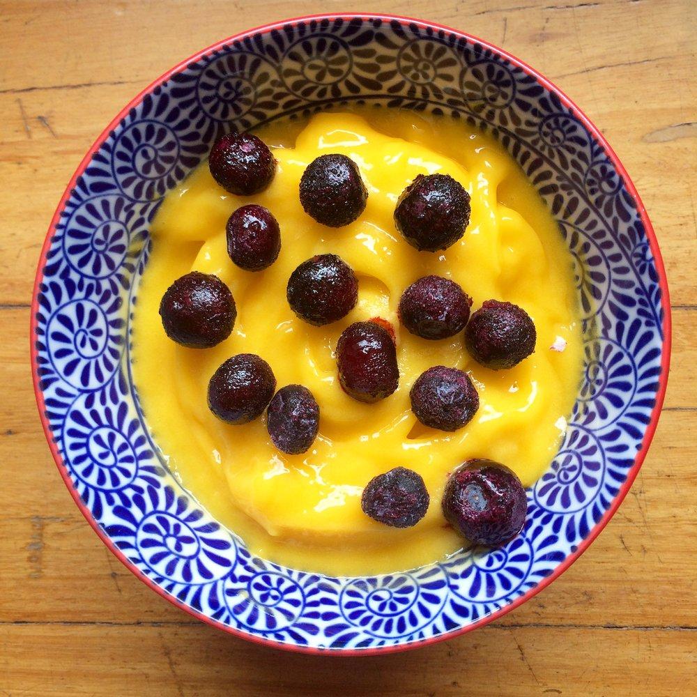 Mango sorbet ice cream one ingredient vegan