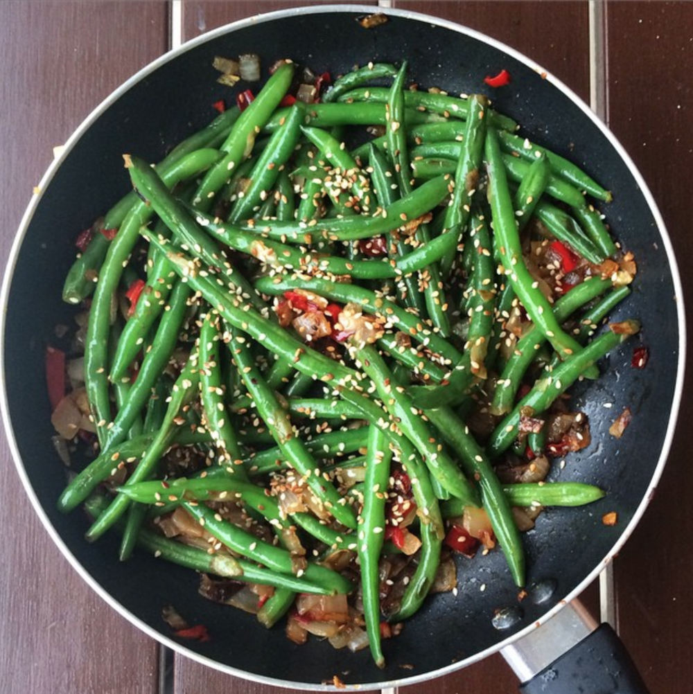 Chilli, garlic green beans
