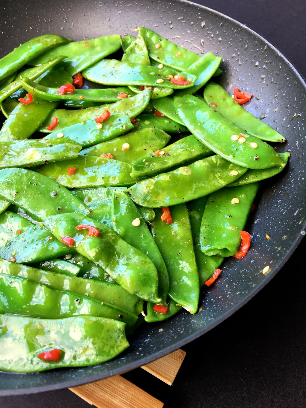 Healthy Saute chilli snow peas recipe.jpg