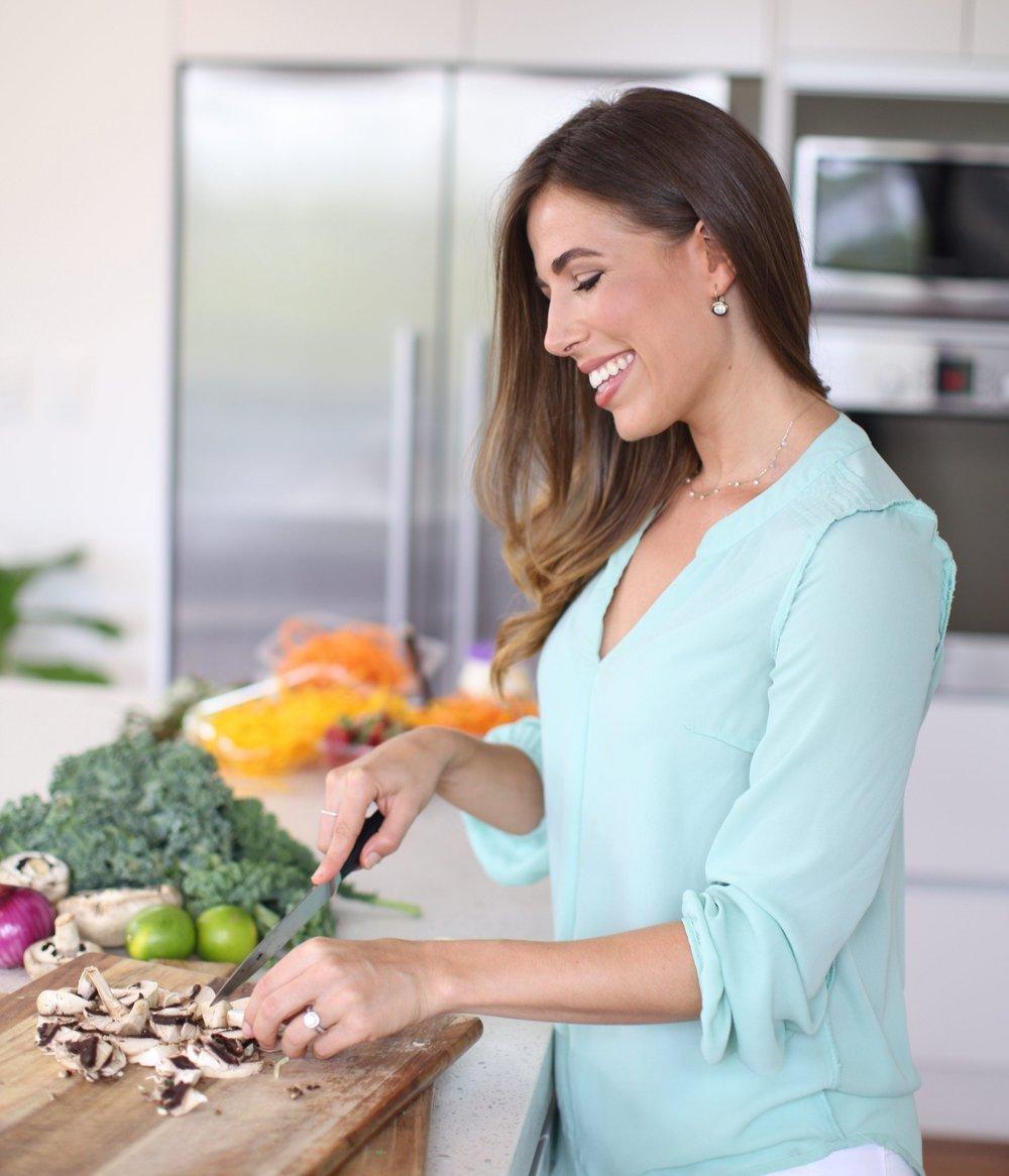 Lyndi Cohen The Nude Nutritionist Australian.jpg