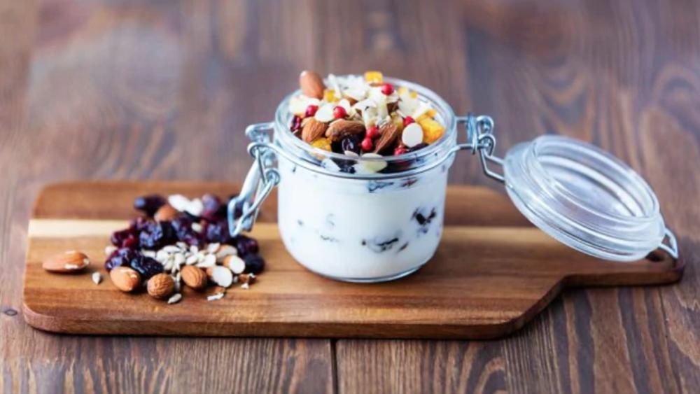 How to choose a healthy yoghurt