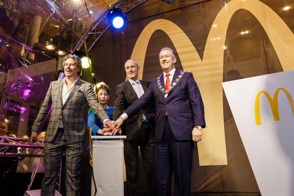 20150327 McDonalds Coolsingel opening 14.jpg