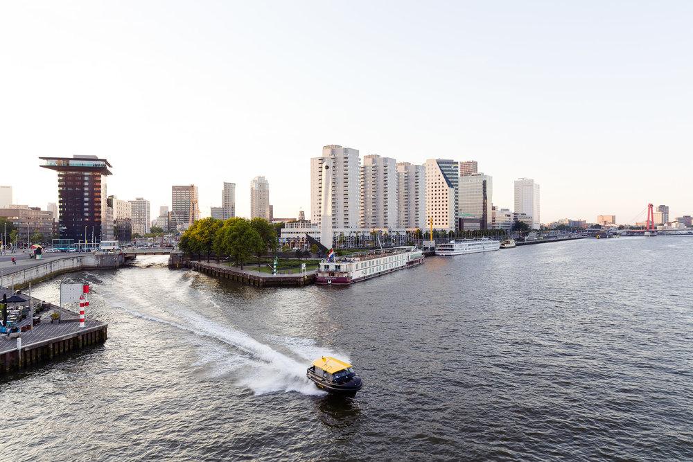 20140606 Rotterdam, Watertaxi 01.jpg
