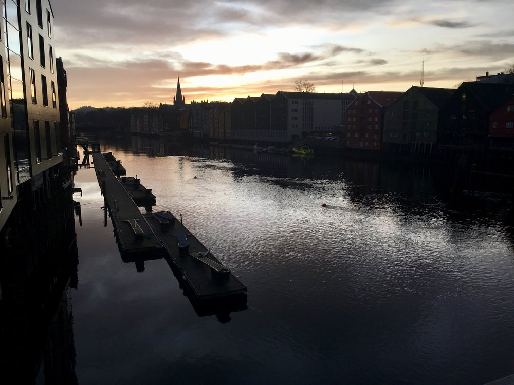 Trondheim set med sneglebriller. Det er godt nok.