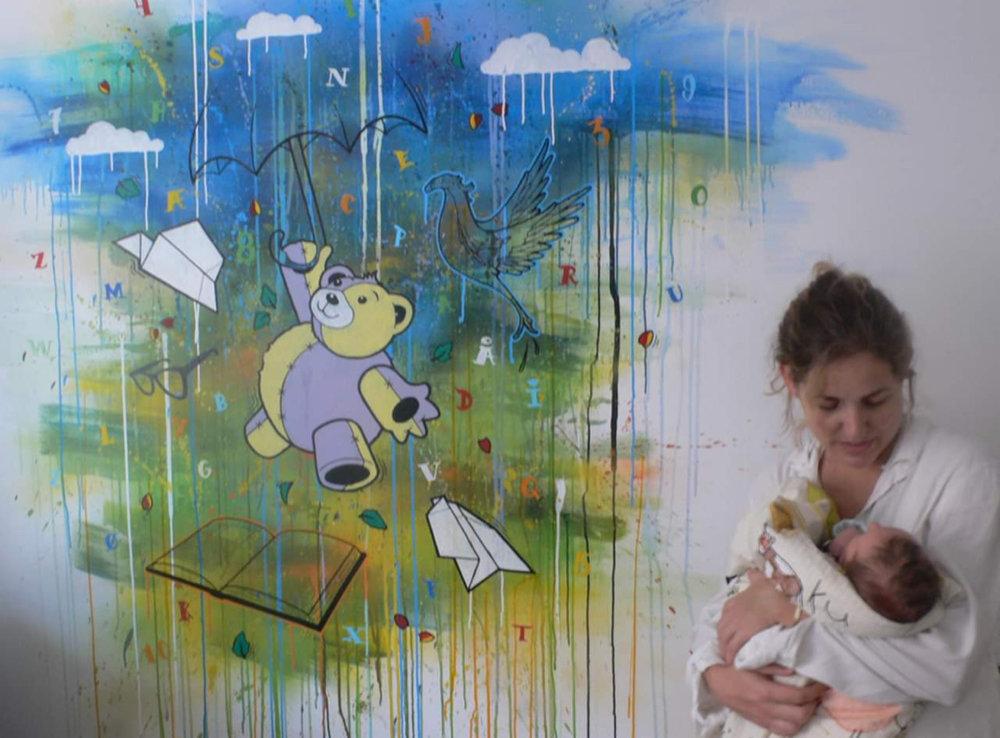 LM's første maleri fra Onkel Mark. IRL kan man også se den fine luftballon oppe i højre hjørne. Vi elskede at drømme os væk i det - og hvor mon Bamsen flyver hen i nat skat? #tb 2011.