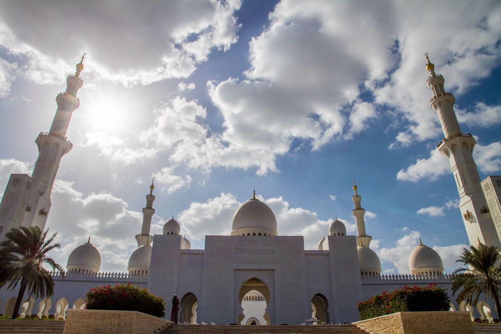 abu dhabi grand mosque domes