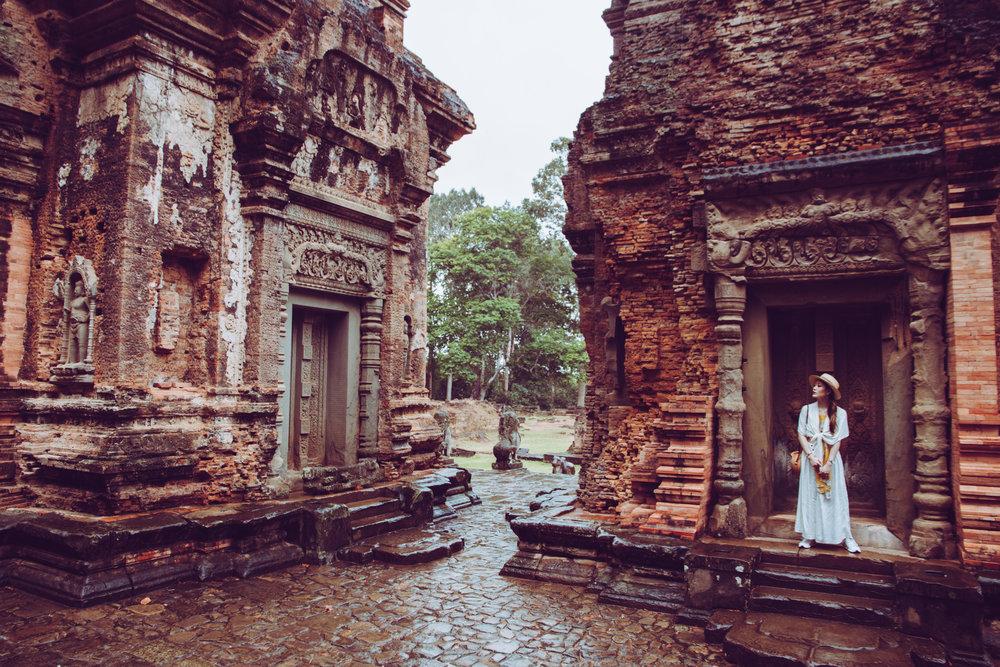 Angkor wat travel guide heelsonthego