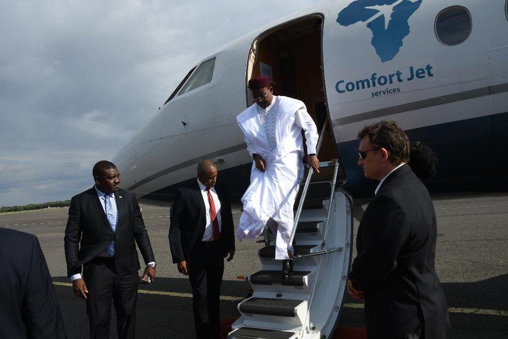 Arrivée du Président de la République SEM Issoufou Mahamadou à Berlin pour une visite de travail et d'amitié 3.jpg