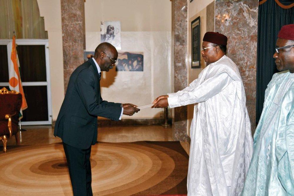ambassadeurs accrédités  au Niger 3.JPEG