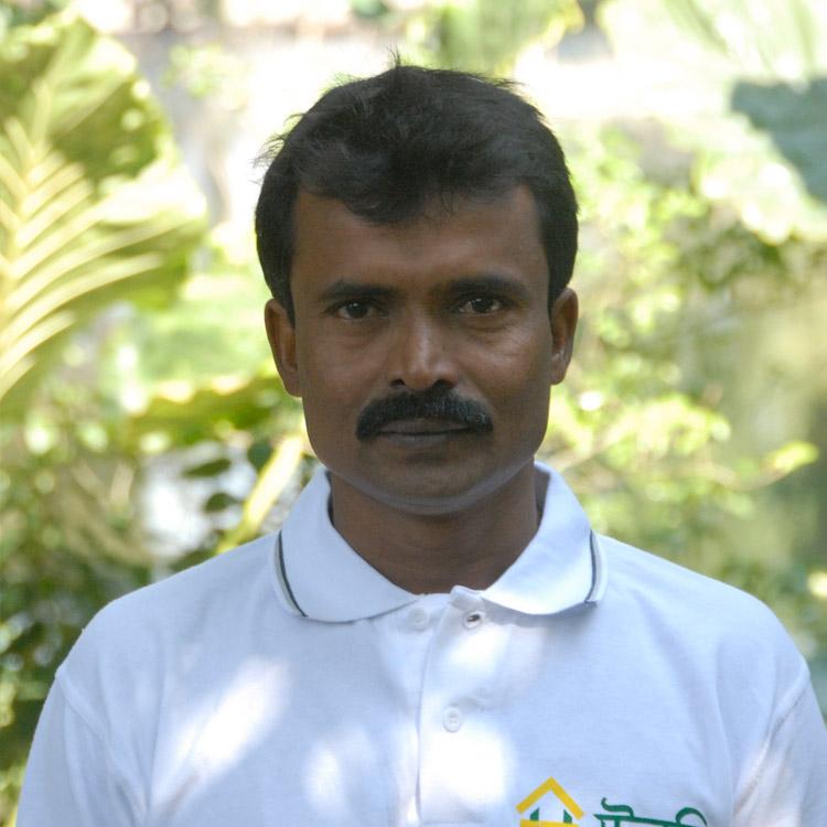 Shekhar Biswash Age: 45 Experience: 20 Years