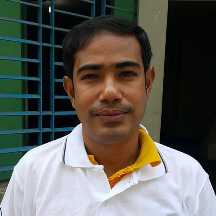Murad Hossain Age: 55 Experience: 27 Years