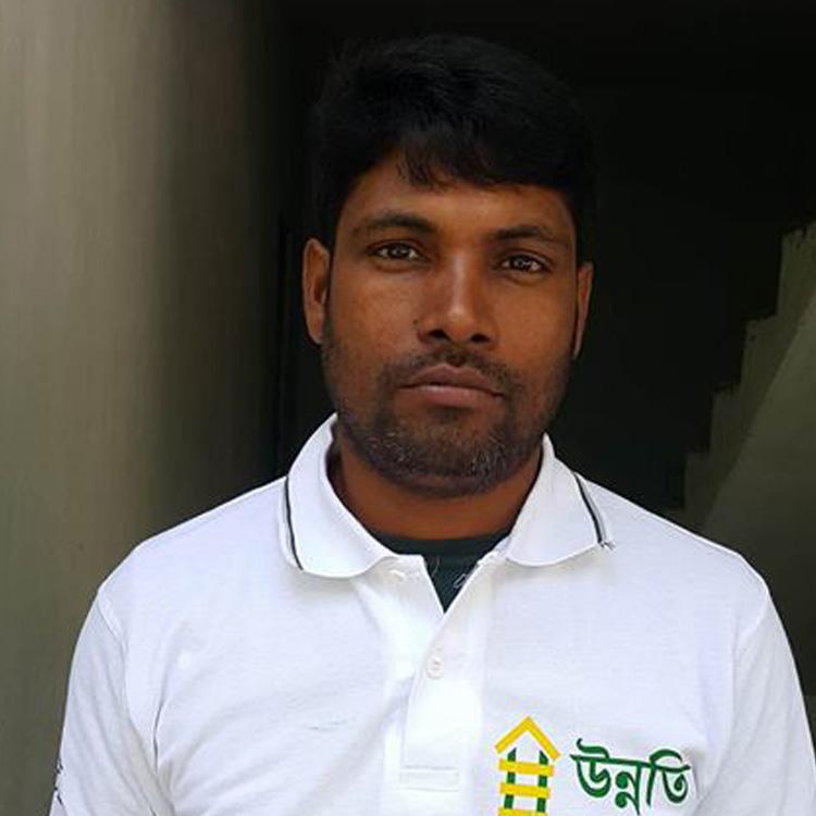 Alamgir Hossain Age: 55 Experience: 27 Years