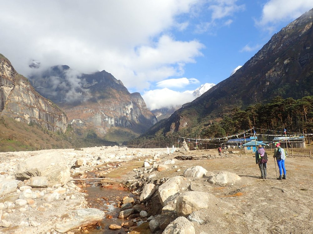 On the trail to Makalu. Photo by Peter Butler