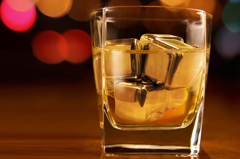 Speciality Gin/Whiskey Ice cubes & shot glasses. - We supply gin & whiskey cubes. These item are 2.5 larger than normal cubed and are available by the pallet. For next day delivery, each bag contains 1 kg of premium Ice cubes and each box has 6 bags and 40 boxes per pallet delivery.