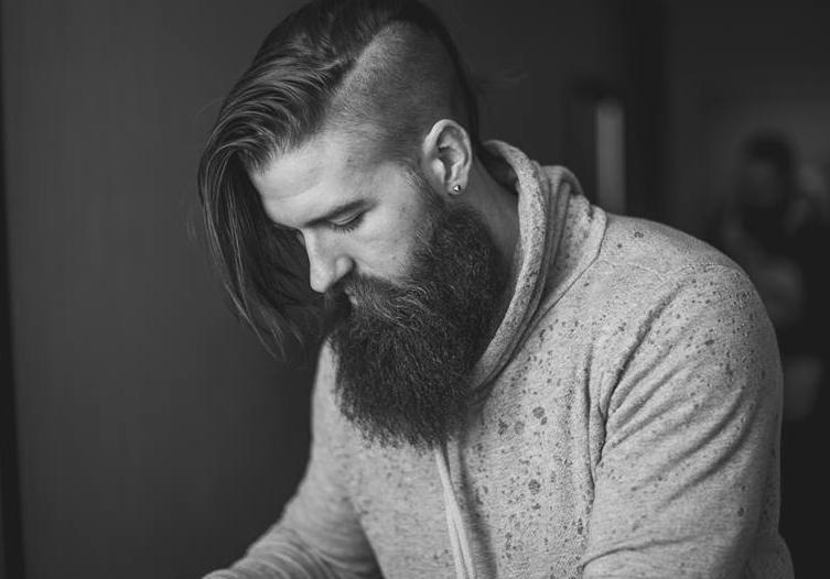 beard and comb
