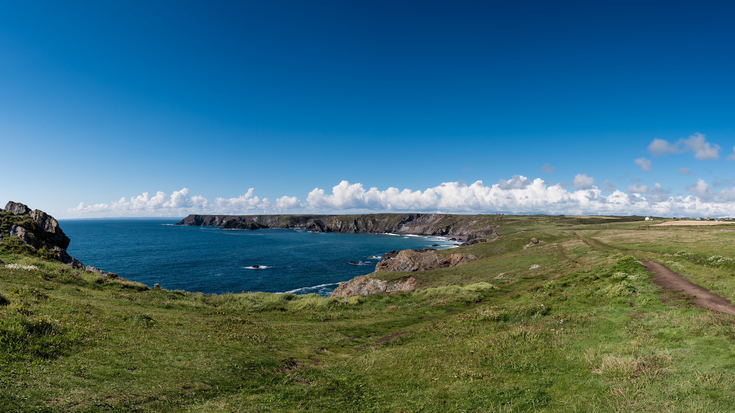 Big skies - using the new pano stitching feature in Lightroom