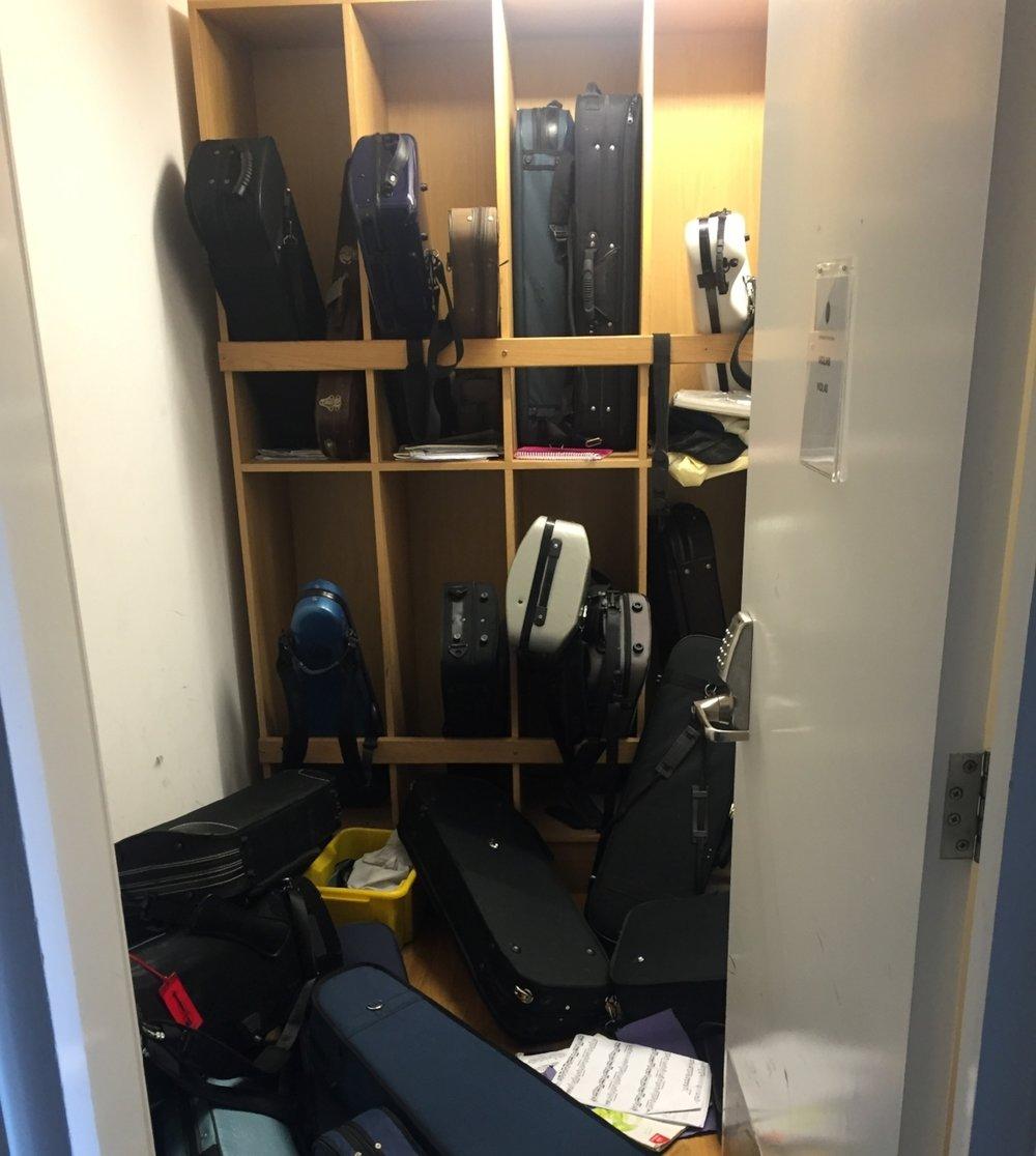 Auch das kommt mal vor - Chaos in einem Storage-Raum der Schule Wells Cathedral.