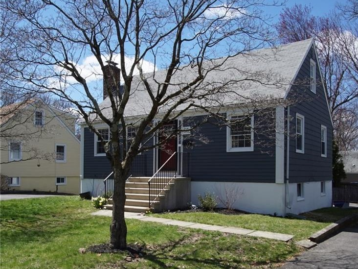 55 Scribner Ave, Norwalk, CT -