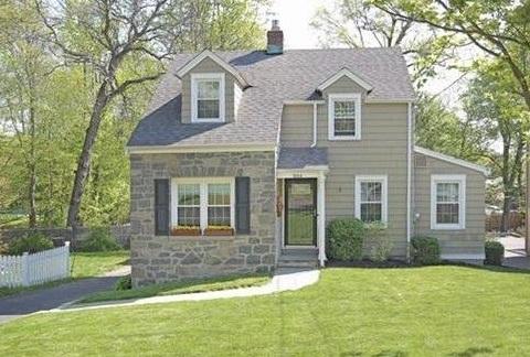 1664 Melville Avenue, Fairfield, CT -