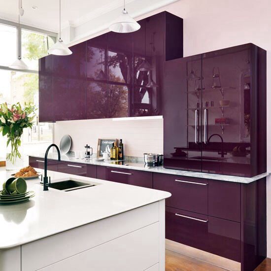Not For The Faint Of Heart: Bold Colors Meet Contemporary Kitchens