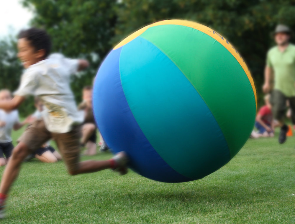 The evening is time to burn off some energy! Every school battles with the mighty Kin Ball in our giant run-around games!
