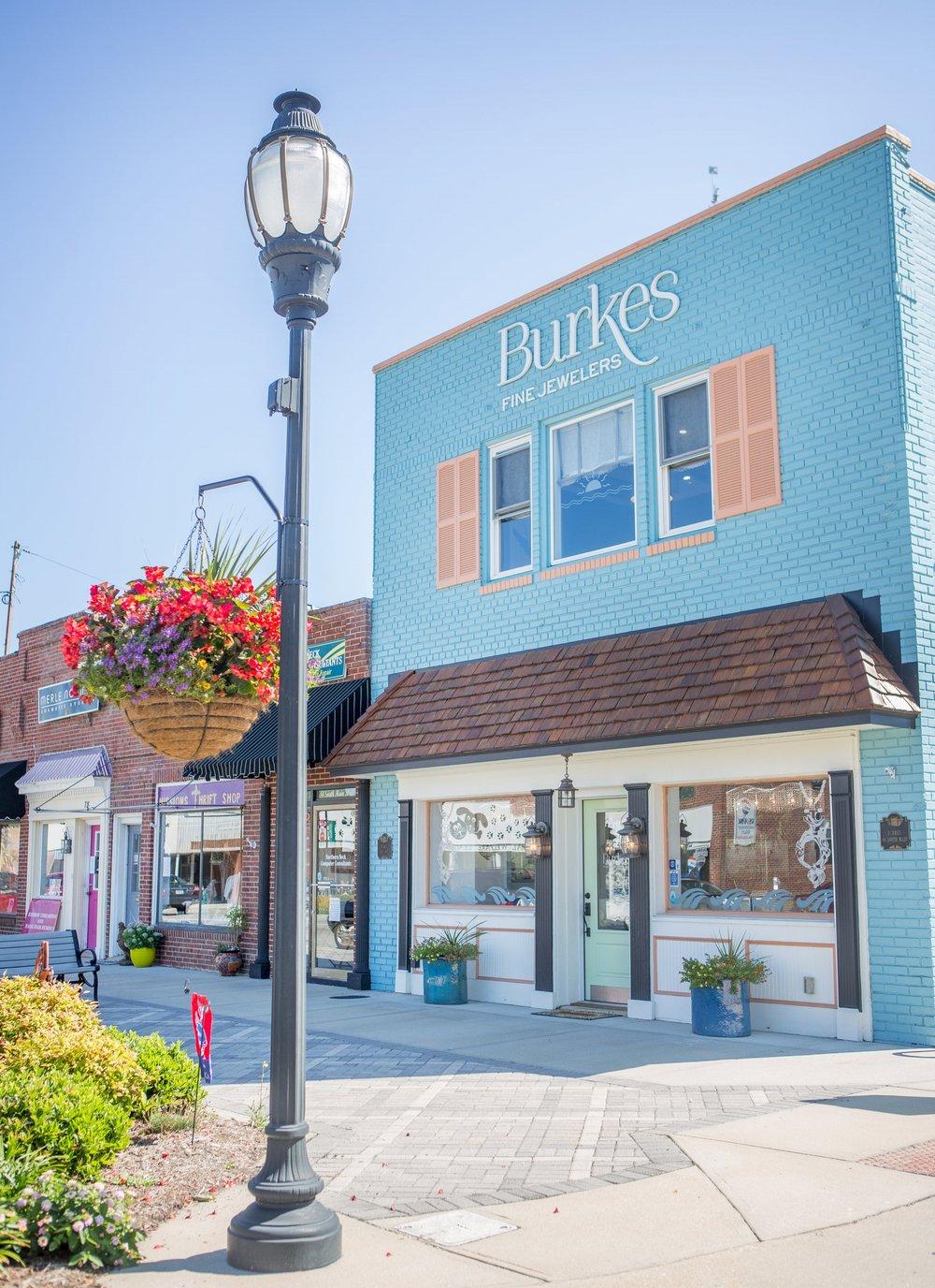 Burkes Main Street.jpeg