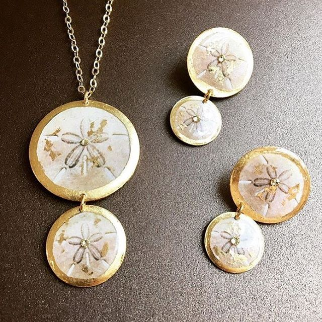 We are IN LOVE! 😍 #sanddollar #burkesblings #burkesfinejewelers #mainstreetshopping #kilmarnockva