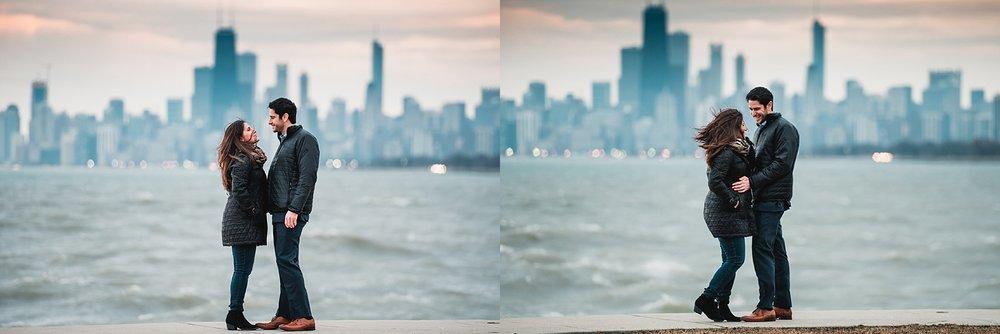 heather hackney photography www.heatherhackney.com chicago family photographer chicago engagement session montrose harbor chicago skyline.jpg