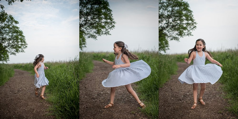 chicago family session girl twirling.jpg
