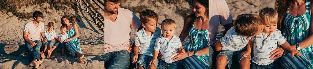 chicago family photographer chicago family beach session.jpg
