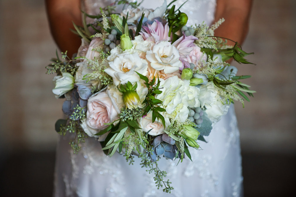 Chicago summer bridal bouquet at Morgan Manufacturing.