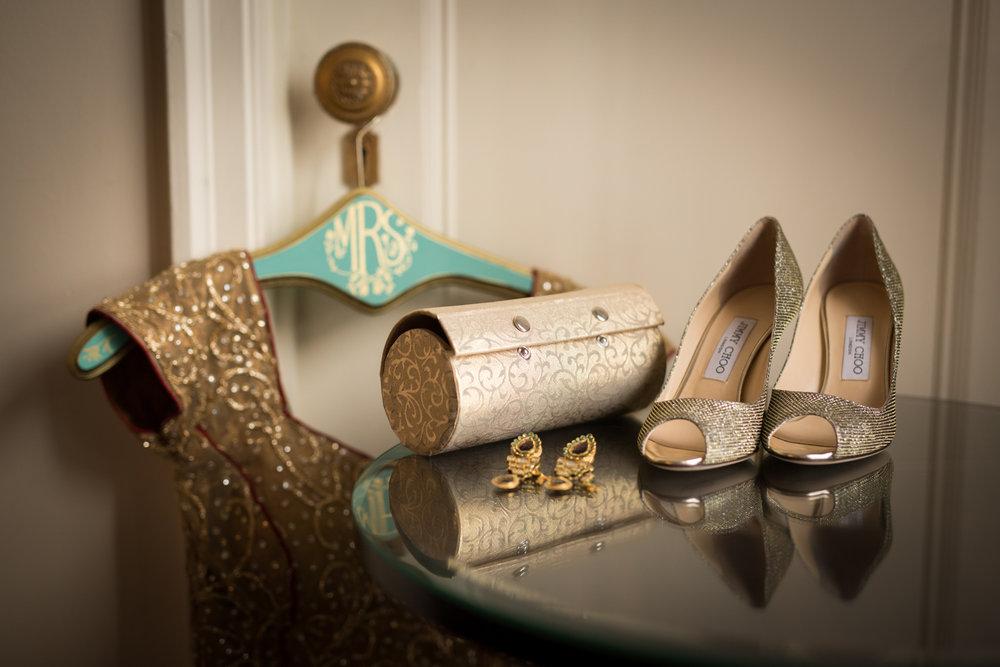 Bridal details at Palmer House Chicago