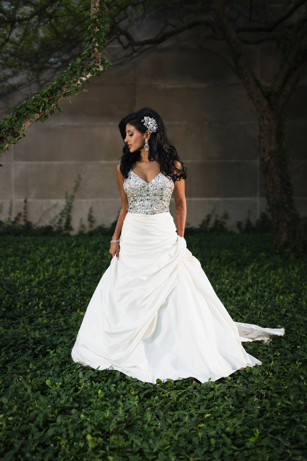 Bridal portrait in downtown Chicago.