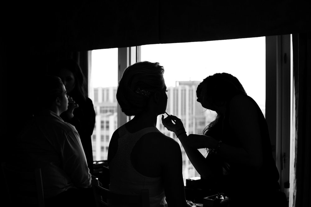 Bride gets ready at Four Seasons Hotel Chicago