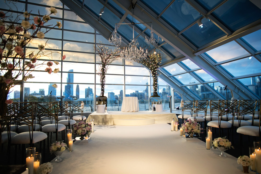 Chicago skyline sets the backdrop for an exquisite Adler Planetarium wedding ceremony.