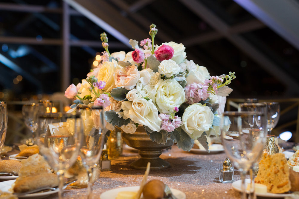 Wedding florals at Adler Planetarium by HMR Designs