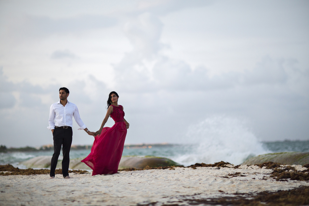 Editorial destination wedding photography in Playa Del Carmen, Mexico