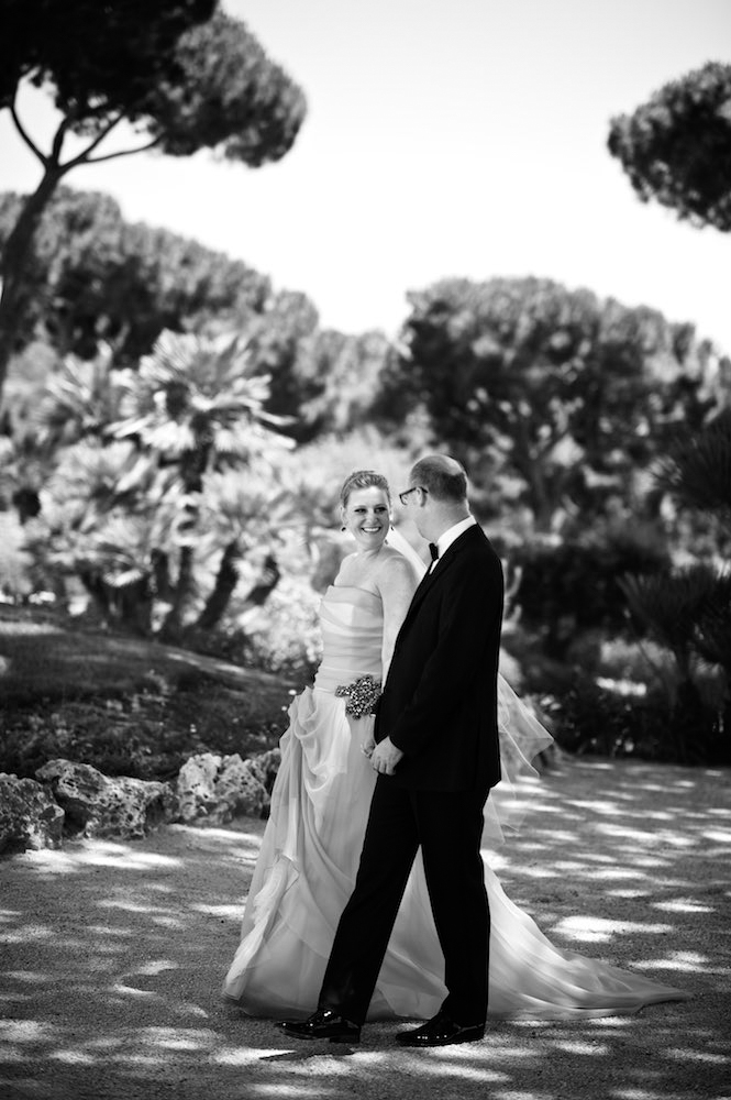 Photojournalistic wedding photography in Southern France