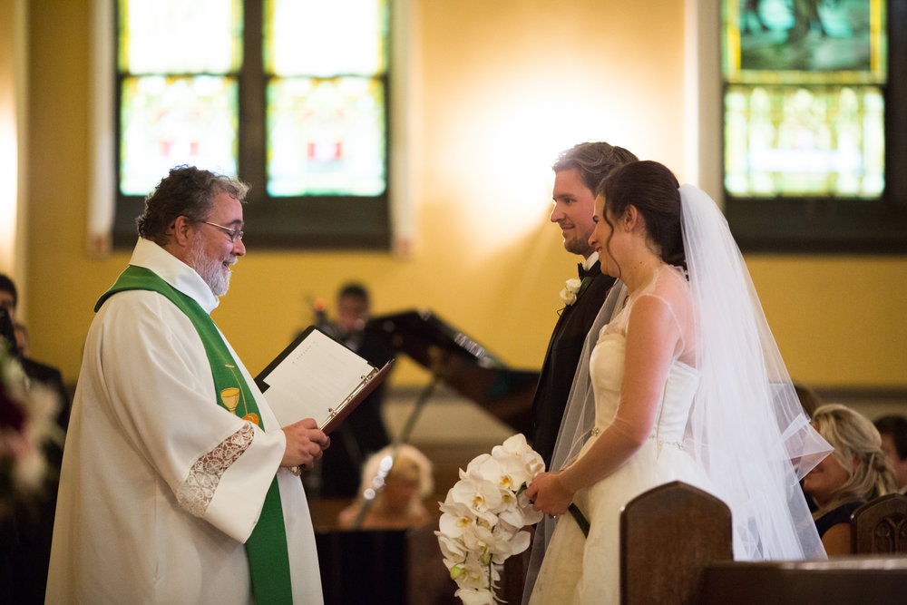 Wedding ceremony in Chicago at St James Lutheran Church.