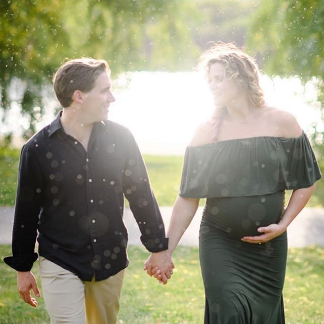 It's been a summer full of new babies! I recently did a maternity shoot for Maria and Quinn and we had such a blast - it ended with a sunshower which just seemed so perfect. I can't wait to meet their little one!!