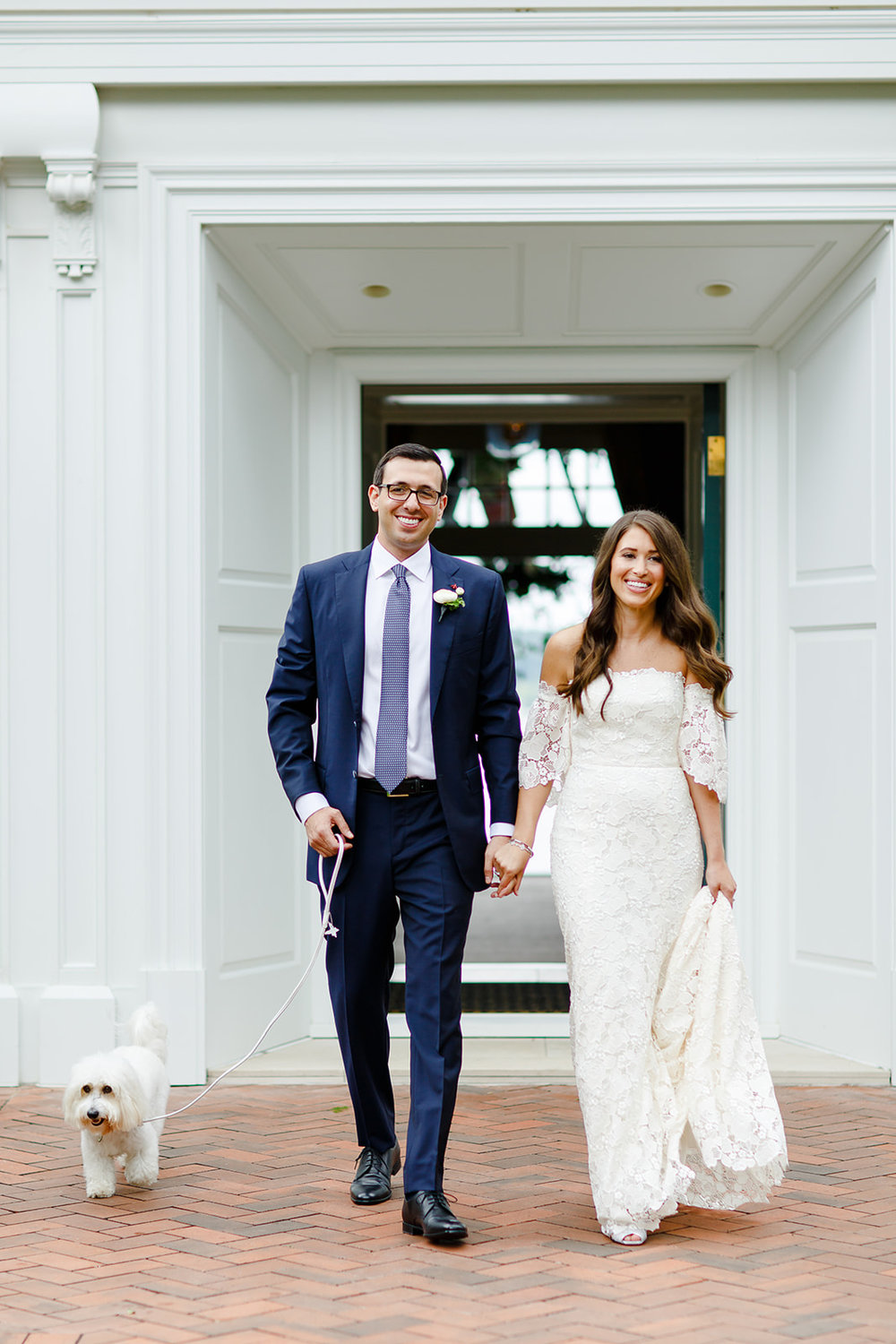 The bride and groom wanted natural, organic portraits that didn't feel overly posed. Their choice of venue made them feel at home on their wedding day and their photos reflect how relaxed they were as they were able to enjoy each moment of their day.