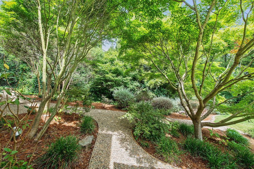 Exterior - garden pathways.jpg