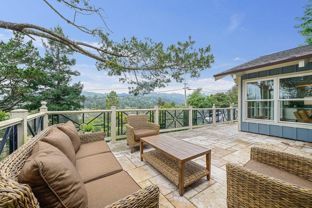 Deck patio seating - views.jpg